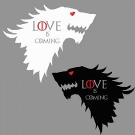 Love is Coming Páros póló
